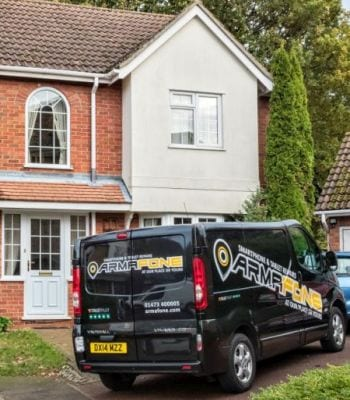 Armafone callout phone repair service vehicle arriving at home address